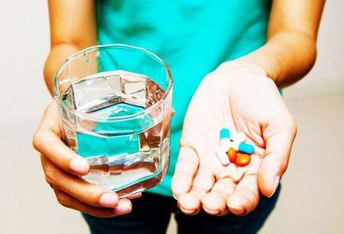 Các loại thuốc nên chuẩn bị sẵn khi đi du lịch đầu năm