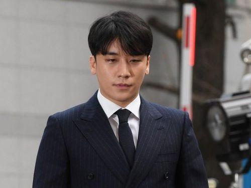 Seungri bị truy tố tội môi giới mại dâm và đánh bạc ở nước ngoài