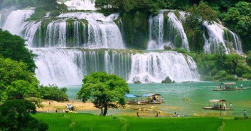 5 ngọn núi của Việt Nam nổi tiếng trên báo Tây