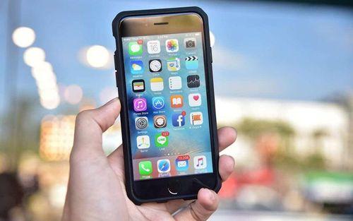 iPhone 9 giá rẻ chuẩn bị được sản xuất hàng loạt, BlackBerry sắp biến mất hoàn toàn