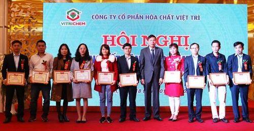 Công ty Cổ phần Hóa chất Việt Trì: Vượt khó thành công
