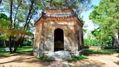 Thừa Thiên Huế có thêm 2 bảo vật quốc gia