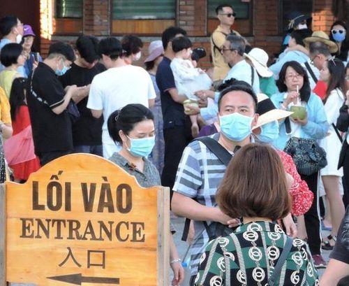 Cách ly 168 nhân viên khách sạn tiếp xúc gần vợ chồng du khách Trung Quốc nhiễm virus corona