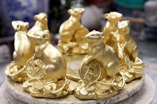 Vạn con chuột vàng ôm tiền của ông chủ Hà Thành