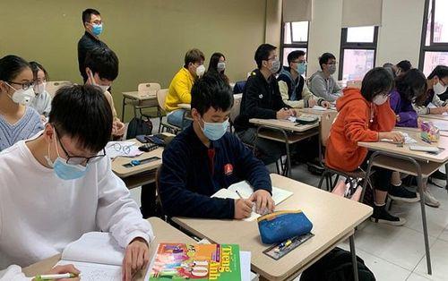 Virus corona diễn biến phức tạp, 63 tỉnh thành trên cả nước quyết định kéo dài thời gian nghỉ của học sinh
