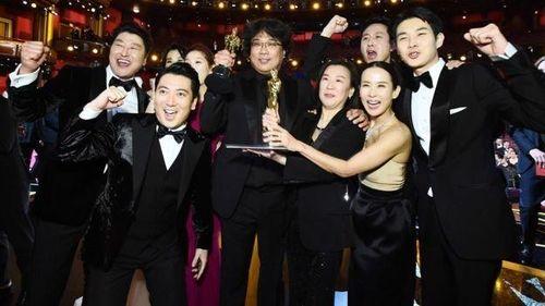 'Parasite' làm nên lịch sử khi đăng quang Phim hay nhất Oscar 2020
