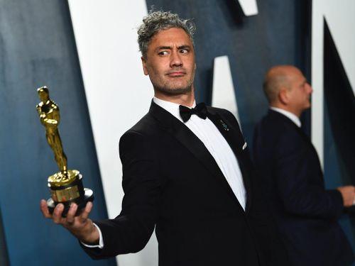 Đạo diễn thắng giải Oscar chỉ trích thậm tệ bàn phím MacBook Pro