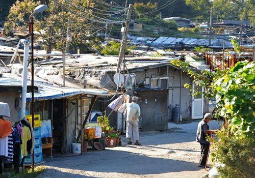 Khu ổ chuột quay 'Parasite' từng khiến thế giới sốc về Hàn Quốc