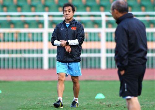 Trợ lý Lee Young-jin thay thầy Park chỉ đạo trận giao hữu Việt Nam - Iraq