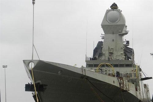 Chiến hạm Israel bắt chết mọi tên lửa Iran?