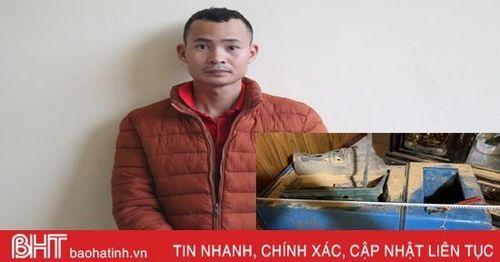 8X chui vào nhà dân phá két sắt trộm vàng, ngoại tệ lĩnh 3 năm tù