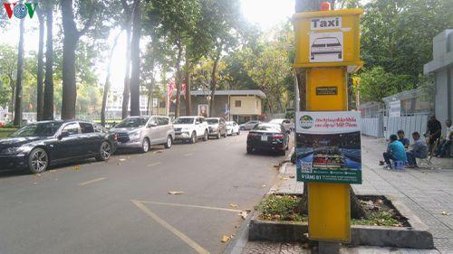 Điểm dừng, đón taxi ở TPHCM: Có như không, thất bại được báo trước