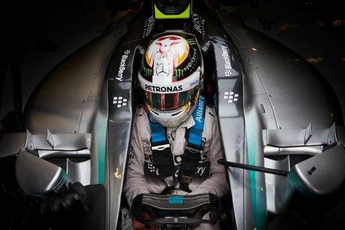 Khoang lái an toàn khiến xe đua F1 không cần túi khí