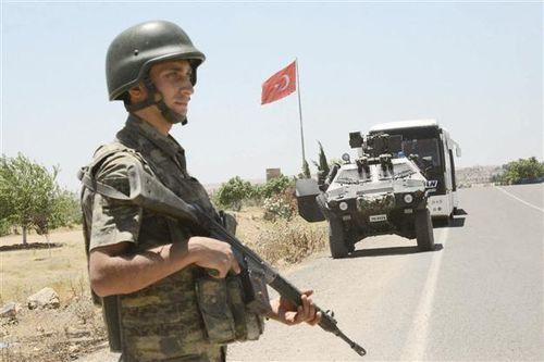 Syria đáp trả cứng rắn, 'tố ngược' Thổ Nhĩ Kỳ che giấu thất bại ở Đông Idlib