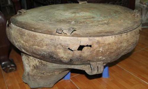 Lần đầu tiên tìm thấy trống đồng ở Vĩnh Long