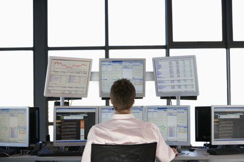 ETF nội lấn lướt quỹ ngoại