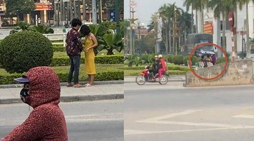 Clip cặp đôi làm chuyện ấy ở Quảng trường Thái Bình, bị nhắc vẫn không dừng