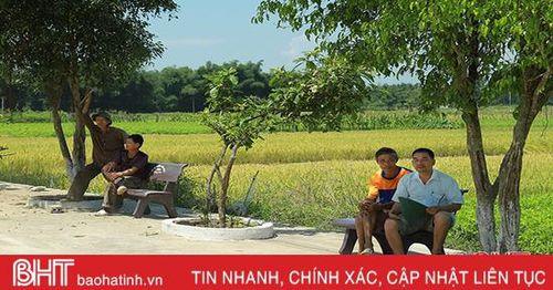 Trưởng thôn Hà Tĩnh vận dụng lời Bác dạy vào xây dựng nông thôn mới