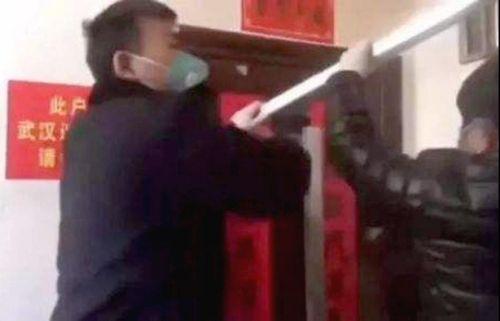 Người Hàn tại Trung Quốc bị hàng xóm chặn cửa, nhốt trong nhà