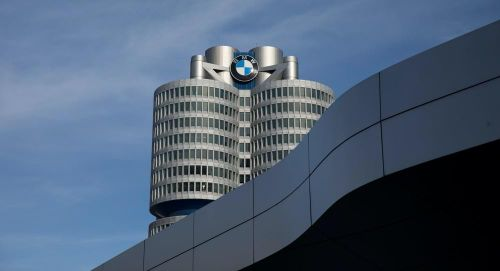 Một nhân viên BMW mắc Covid-19, 150 người khác cách ly