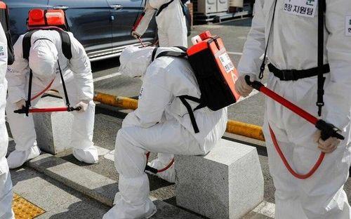 Quá tải bệnh nhân tại tâm dịch Covid-19, y bác sĩ ở Hàn Quốc sụp đổ vì kiệt sức