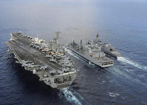 Tàu sân bay USS Theodore Roosevelt của hải quân Hoa Kỳ ghé thăm Đà Nẵng