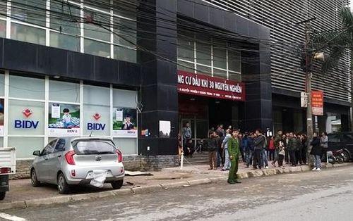 Nghệ An: Kinh hoàng nam thanh niên rơi từ tầng 13 chung cư tử vong tại chỗ