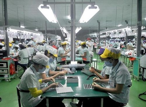Apple, Microsoft tìm cách chuyển hướng sản xuất ra khỏi Trung Quốc có dễ dàng?