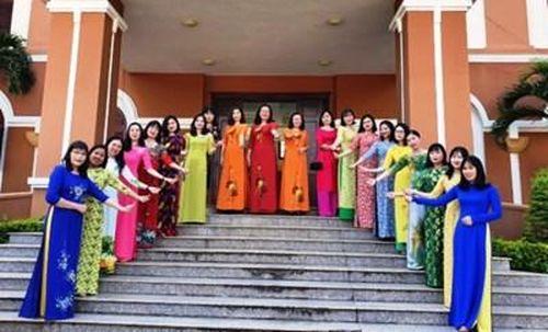 Nữ kiểm sát viên tỉnh Gia Lai duyên dáng cùng tà áo dài