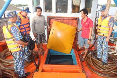 Tàu chở 80.000 lít dầu D.O không rõ nguồn gốc bị tạm giữ