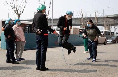44 ca mới, 27 người chết - virus corona giảm lây lan ở Trung Quốc