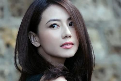 Xinh đẹp như Phạm Băng Băng và Lưu Diệc Phi cũng phải chịu thua trước nhan sắc này