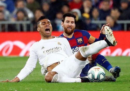 Messi lần đầu nhận 3 thẻ vàng trong 3 trận liên tiếp