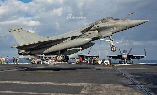 Tiêm kích Rafale Pháp từng 'chào hàng' Việt Nam hoạt động tốt trên tàu sân bay Mỹ