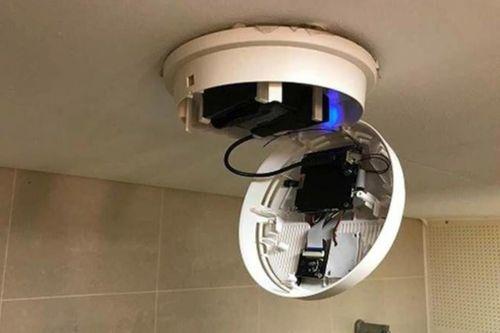 Nam sinh bị bắt vì lắp camera ẩn trong nhà vệ sinh nữ
