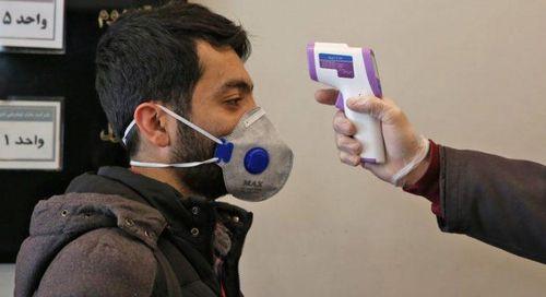 Hàng chục người chết ở Iran vì uống cồn để trị virus corona