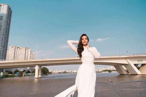 Đương kim Hoa hậu Siêu Quốc gia tiết lộ đã từng ở Việt Nam 8 năm