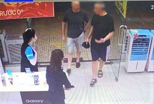 2 du khách Anh mắc Covid-19 ở Đà Nẵng cho kết quả xét nghiệm lần 2 âm tính