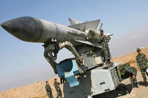 Chuyên gia Nga thừa nhận S-200 Syria bất lực trước F-16 Thổ Nhĩ Kỳ