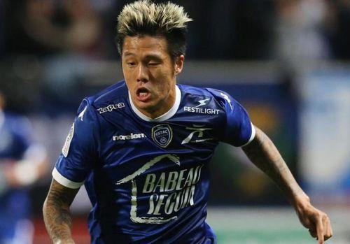 Cầu thủ Hàn Quốc nhiễm bệnh tại Pháp