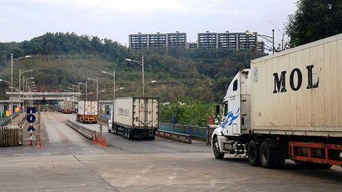 Đề xuất Trung Quốc cho phương tiện sang cửa khẩu Việt Nam nhận hàng