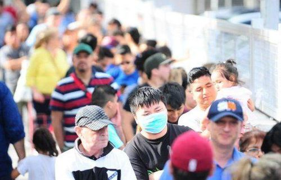 Covid-19: Argentina trục xuất 270 khách du lịch không chịu cách ly, Lào đóng hàng loạt cửa biên giới