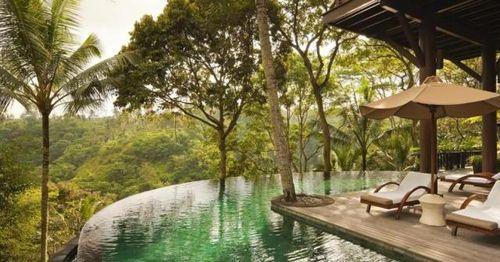 Chiêm ngưỡng 15 khách sạn 'hòa mình với thiên nhiên' nổi tiếng thế giới