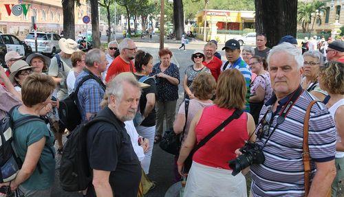 TP HCM: Nhiều người không đeo khẩu trang khi đến nơi công cộng