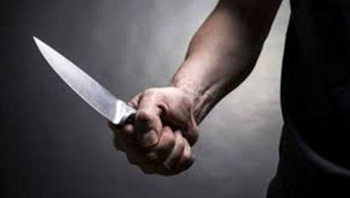 Lạng Sơn: Nghi án con trai 'ngáo đá' dùng dao cứa cổ bố đẻ