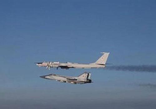 MiG-31 Nga mang theo tên lửa tầm xa 'dằn mặt' F-35 Na Uy