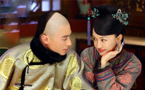 Giai thoại đẹp về hoàng đế chung thủy nhất nhì TQ: Phá vỡ điều lệ nghiêm ngặt này chỉ vì chiều vợ