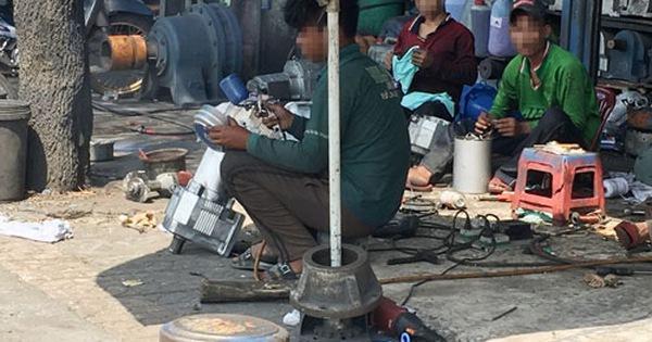 Chợ đồ cũ độc hại trên Quốc lộ 1