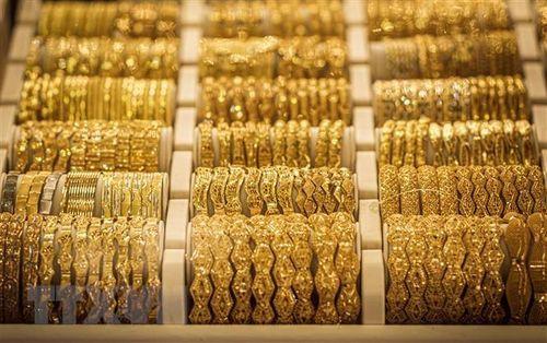 Giá vàng thế giới tăng 5% nhờ thông tin về gói kích thích của Fed