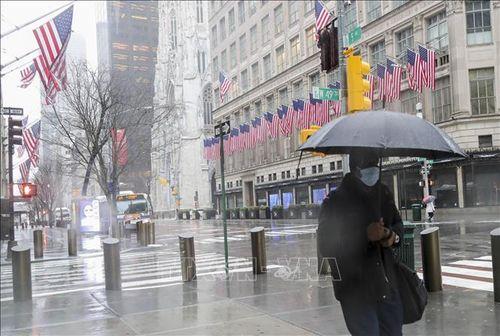 Mỹ khuyến cáo người dân tự cách ly 14 ngày khi rời New York